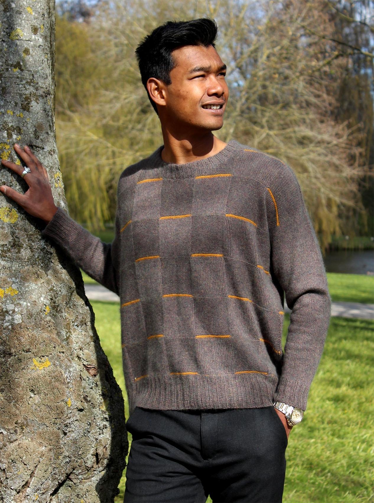 L 15.10 Herresweater
